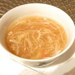 64800487 - フカヒレスープ 蟹肉と衣笠茸