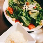 肉の万世 - 料理写真:シーザーサラダ