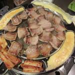韓国家庭料理 イタロー - チーズフォンデュサムギョプサル