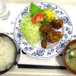 札幌市役所本庁舎食堂 - 時計台定食「ザンギ」_520円