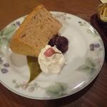 紅茶浪漫館シマ乃 - さくらのシフォンケーキ