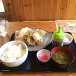 池田丸 - 本日の魚ランチ、ご飯大盛り。