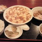 6481220 - 麻婆豆腐定食、820円
