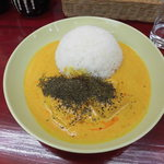 Sido - 料理写真:サワーポークカレー850円 絶品( ゚Д゚)ウマー