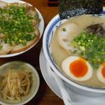 64818620 - 煮ぶたご飯セット(らーめん・煮ぶた・小鉢)