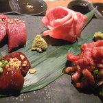BAKURO - 牛刺し盛り合わせ(ユッケ、レバー、ハツ、トロ刺し)