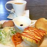 スマイルカフェ - ブレンドコーヒー¥400 (バタートースト+たまごトーストモーニング)