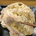 江戸牛 - サガリは味噌の風味が効いている上に、脂の旨味たっぷりでお酒がススムウマさ爆発!