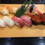 64823308 - 上寿司