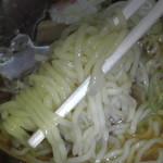 64823749 - 好みの細麺をリフトアップ!