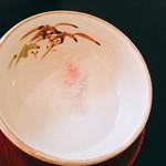 64826780 - 桜茶