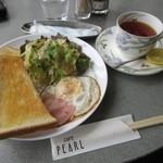 カフェ パール - 料理写真:モーニングセット 550円 (2017.4)
