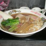 きっちんライムライト - 料理写真:しょうゆラーメン 700円