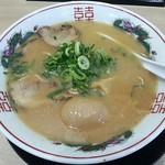 64833338 - 【こってり背脂中華そば + とろ~り半熟煮卵】¥720 + ¥100