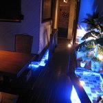 アジアンシーズン - 水の音が心地よいテーブル席