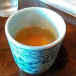 やいま食堂 - 食後の温かいサンピン茶