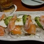魚と串 いっしょう - サーモンとアボカド
