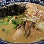麺や 佐市 - 牡蠣らぁ麺+玉子 1000円