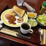 げんき食堂 WAKU家 - 朝食の「洋食 (680円)」