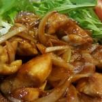 64855565 - 鶏肉の味噌炒め。