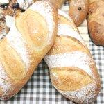 スリール - 料理写真:天然酵母のボンパン