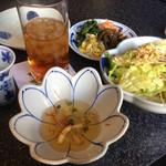 六歌仙 - 食前酒、クラゲ、サラダ、ナムル
