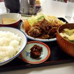 清和亭 - 焼肉定食750円