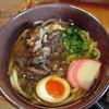 赤村 - 料理写真:すじ肉うどん