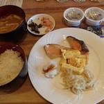 64880136 - 和食も食べたい