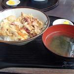 64881625 - タコ丼
