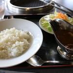 蔵屋鳴沢 - ヨーグル豚のカレーランチ