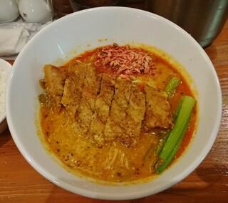 担々麺 ほおずき - 排骨担々麺 990円