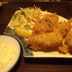 64886008 - 牡蠣フライ 600円(税別)