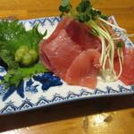 しのぶ - 料理写真:キハダマグロの刺身