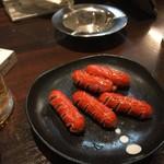 七津屋 - 赤ウインナー  250円
