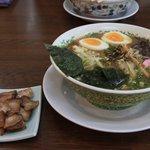 まんさくラーメン - 炙りチャーシュー麺。ボリューム満点です!