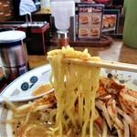 山田うどん - 続いて麺を