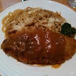 レストラン グリル サクライ - ナポリタンデラックス・ヴィクトリア