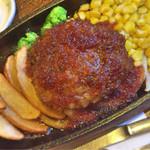 64894547 - 和牛入り粗挽きビーフハンバーグステーキ定食 1,020円