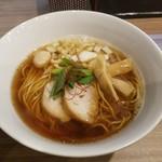 実垂穂 - 無添加魚介出汁の中華そば・醤油