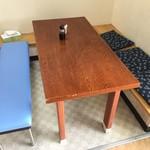 北のにしん屋さん - テーブル席2
