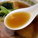 中華そば モンド - トリプルスープは複雑な味わい!