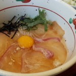 64897267 - 鯛漬け丼 宇和島鯛めしのような出汁は付きません