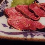 凱旋門 - garlic salt on beef