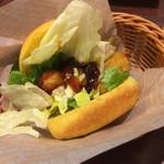 牛角ビュッフェ - 照り焼きチキンバーガー