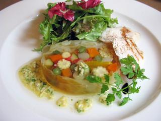 ビストロ レスカリエ - 野菜のテリーヌ&鳥のささみのグリエ