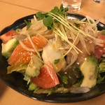 熟成魚と日本酒と藁焼き 中権丸 - 海鮮サラダ