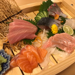 熟成魚と日本酒と藁焼き 中権丸 - 舟盛り 4人前分