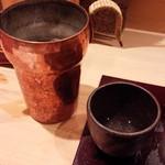 日本料理 百屋 - 米つき水車、燗酒