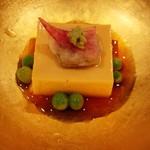 日本料理 百屋 - 蛤の玉子豆腐